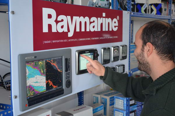 New Raymarine Demo Panel